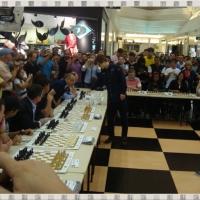 Simultanea com o Campeão Mundial GM Magnus Carlsen - XIII Torneio Internacional de Xadrez da Festa da Uva - Caxias do Sul/RS